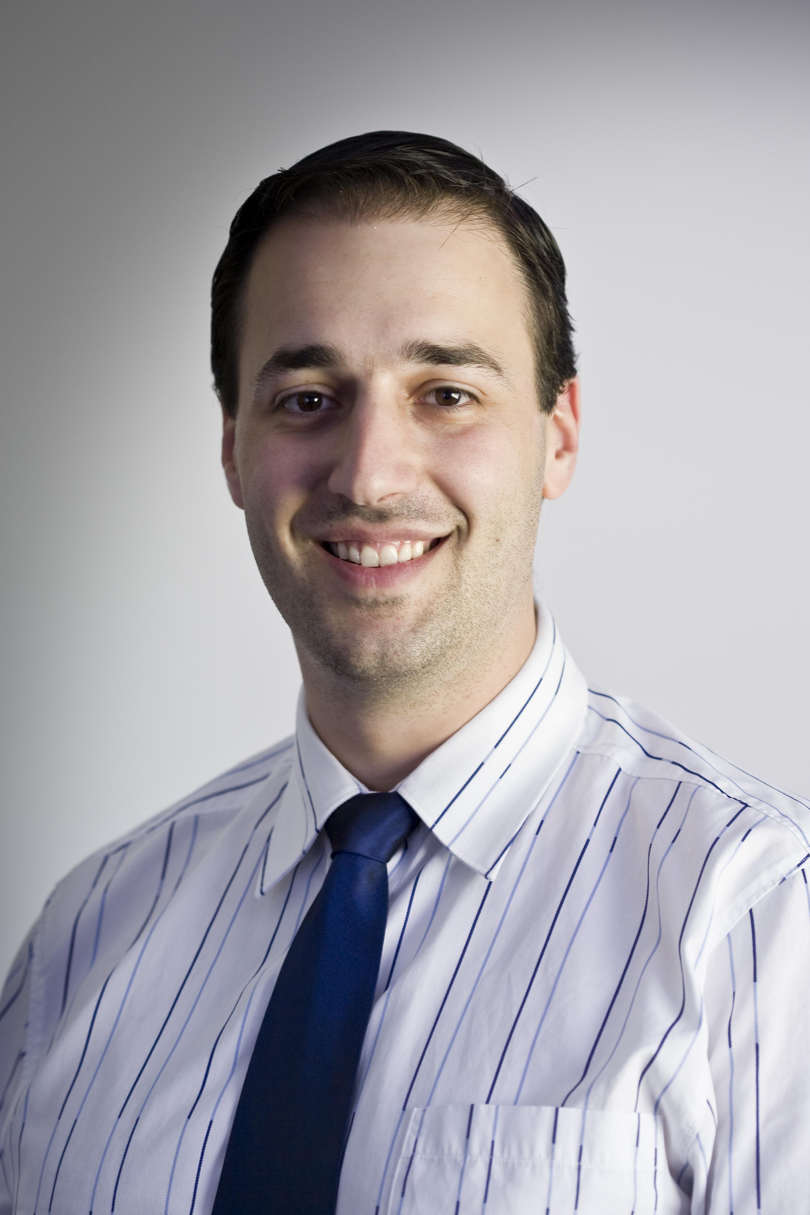 Dr Arthur Masis